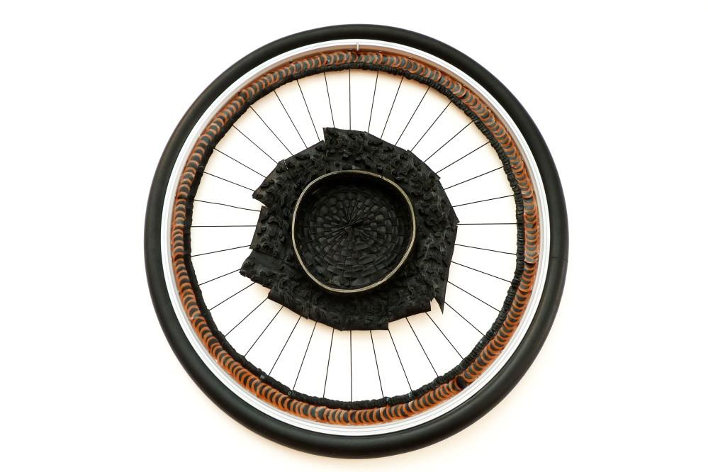 roue caoutchouc retouche
